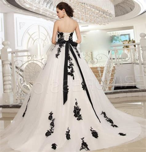 Plus Size Black And White Wedding Dresses Pluslook Eu