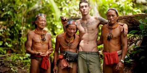 tato orang dayak ragam tradisi unik indonesia yang dikagumi sama bule