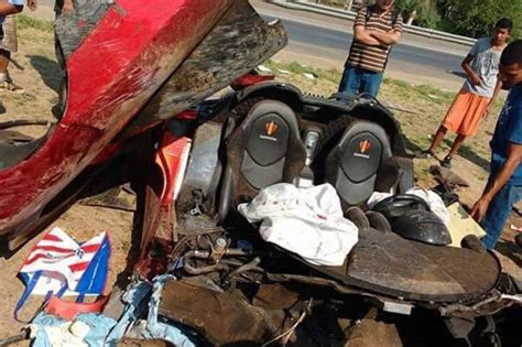 koenigsegg mexico luxury koenigsegg sports car destroyed in crash