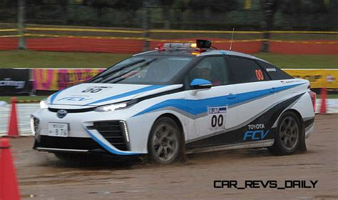 toyota rally car 2016 toyota mirai rally car