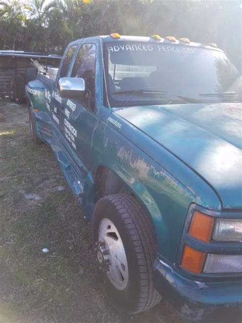 1993 chevrolet silverado 3500 dully 4x4 crew cab western hauler totally rebuilt for sale in 1993 green chevy dully 3500 silverado 4x4 crew cab 454 v 8 work truck runs fine for sale