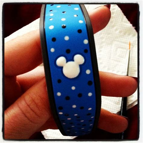 decorate magic bands pin by rivera on disney