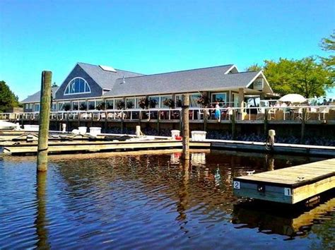 Lake House Muskegon by 25 Muskegon Restaurants To Try In 2016 Mlive