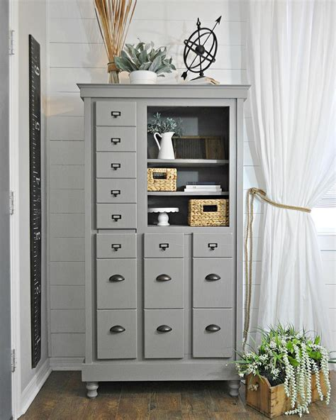 sherwin williams cabinet paint colors sherwin williams dovetail the color i ve chosen for