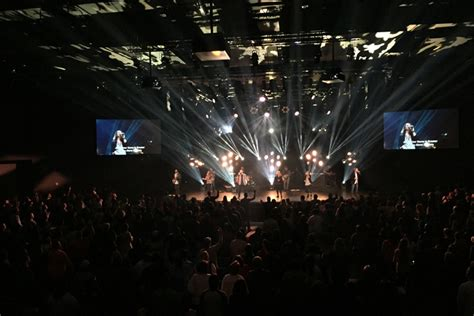 lighting for worship services clay paky clay paky fixtures light contemporary worship