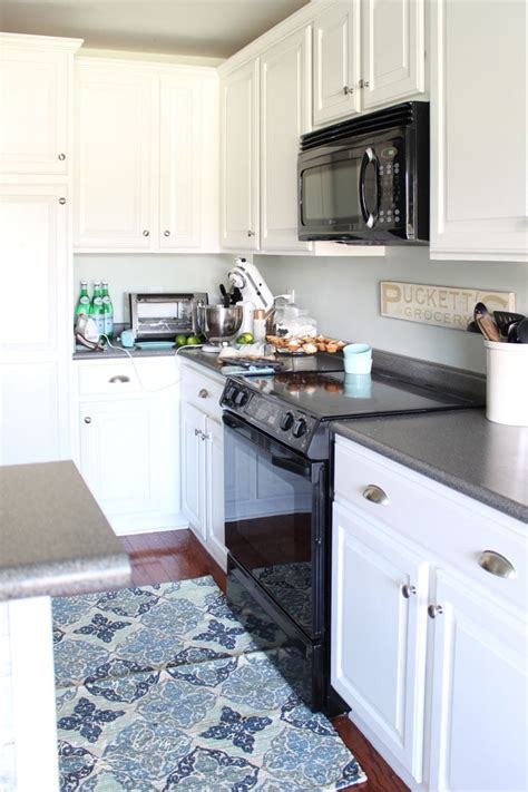 Painted Kitchen Cabinets by Painted Kitchen Cabinets 2 Years Later The Turquoise Home