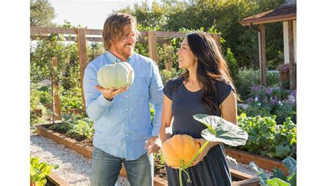 chip and joanna gaines garden fixer upper stars chip and joanna gaines return to tv