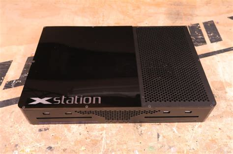 will console xstation lets you both an xbox one and playstation 4