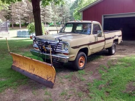 Wheels Plow Truck 1974 Dodge W100 With Sno Fiter Package 4 Wheel