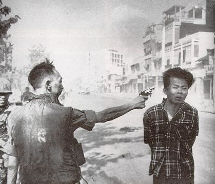 the myths of tet the most misunderstood event of the war books execution of viet cong prisoner