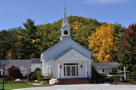 churches in cashiers nc