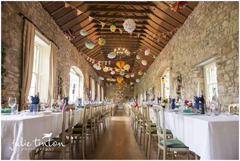 Church Decorations For Wedding Kirknewton Stables Wedding Cosima Amp Chris Edinburgh
