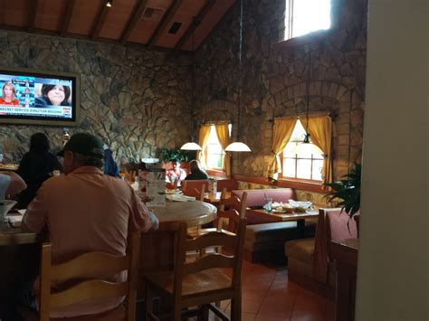 Olive Garden Grand Junction by Bar Area No Waiting For Seating Yelp