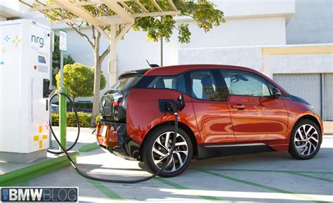 Charger Vizz Fast Charging 21 A bmw electric cars to get new dc rapid charging solutions