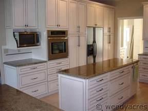 kraftmaid kitchen cabinet hardware finished kitchens blog weedyacres kitchen