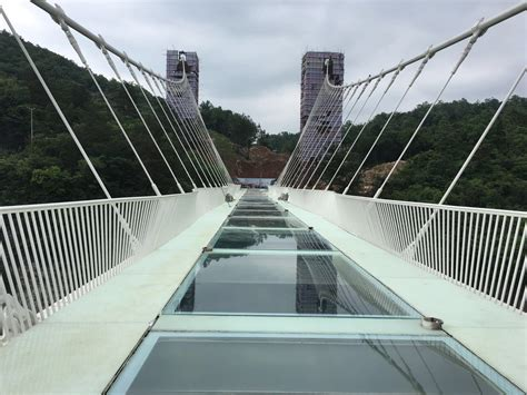 Bridge Glasses the world s highest glass bridge was tested with