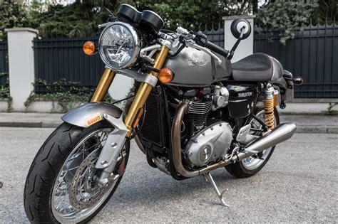 Motorrad Online Triumph by Triumph Thruxton R K Ots Dauertester Motorrad Fotos