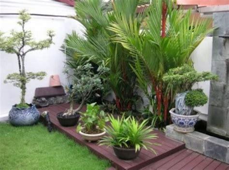 Lu Hias Tiang Teras Rumah rekomendasi cara menata tanaman hias di depan rumah