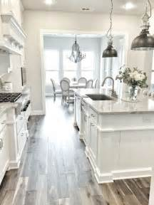 white kitchens with floors best 25 white kitchen cabinets ideas on