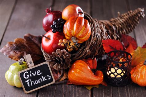 how to decorate your home for thanksgiving how to decorate your house for thanksgiving