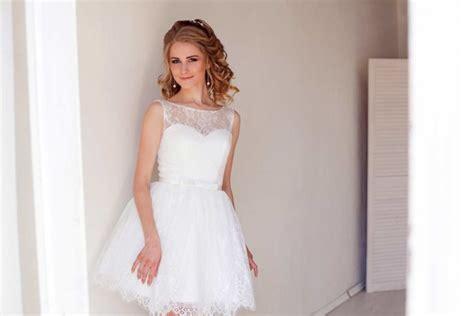 hochzeitskleid hochgeschlossen das brautkleid hochgeschlossen tragen eleganz pur garantiert