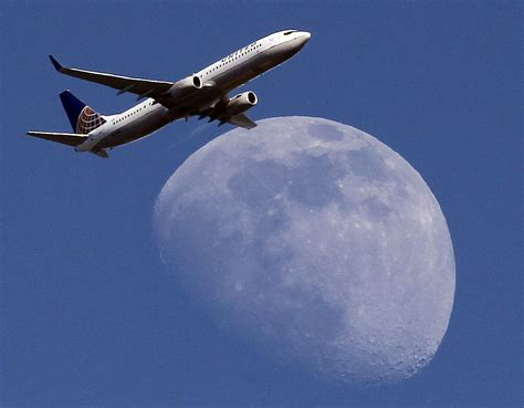 airfare deals pop up as airlines wage limited fare wars baltimore sun