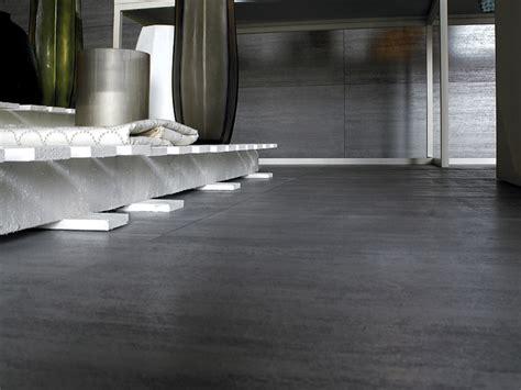 pavimenti in ferro pavimento rivestimento in gres porcellanato ferro by