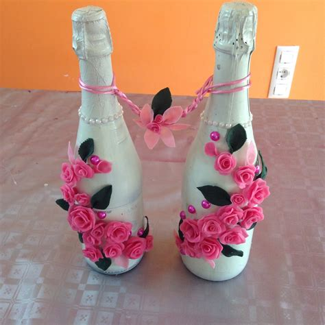 como decorar botellas de cristal con silicona decoraci 243 n botellas con rosas de porcelana fr 237 a bottles