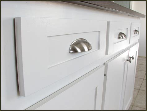 kitchen cabinet hardware ideas pulls or knobs kitchen cabinet pullskitchen cabinet pulls home design ideas