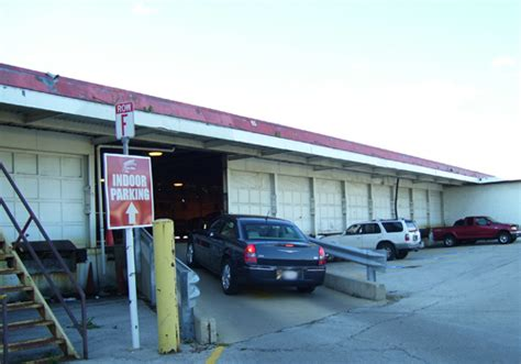Midway Parking Garage by Chicago Midway Airport Parking Coupons Discounts Park