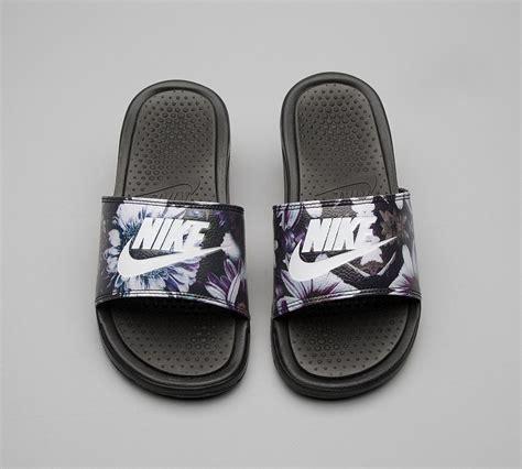 womens nike slide sandals nike womens benassi jdi slide sandal black floral