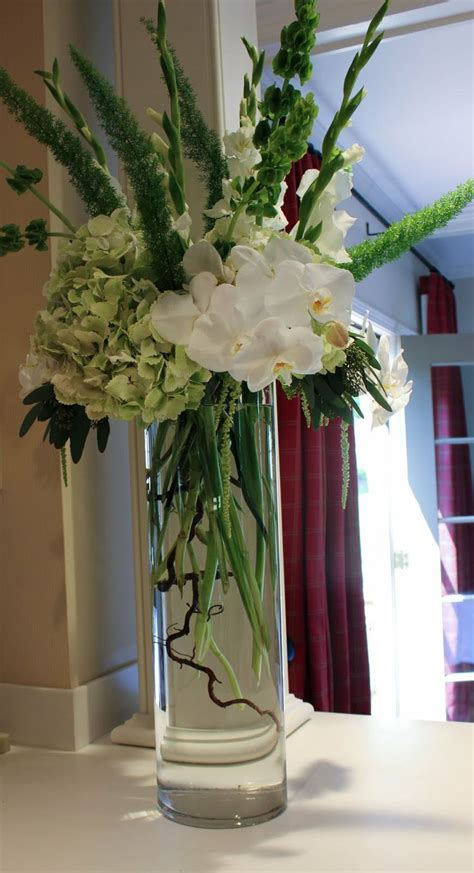 The Empty Vase West by 67 Best Images About Flowers Corsages Boutonnieres On