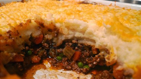the best shepherds pie cheesy shepherd s pie today