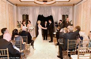 small wedding ideas uk the of megan hilty s vegas wedding to brian