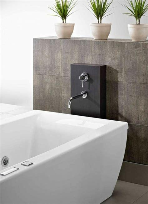 la robinetterie de baignoire pour la salle de bains