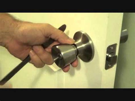 how to unlock bedroom door without key how to unlock a bedroom door without a key youtube