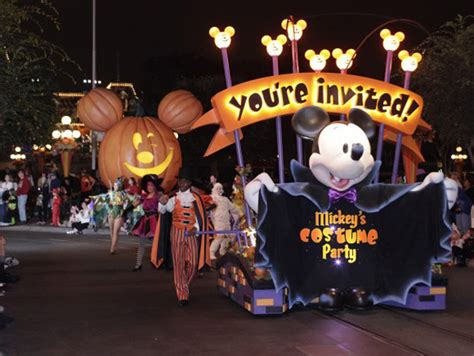 halloween themed events los angeles guide to disneyland s mickey s halloween party halloween