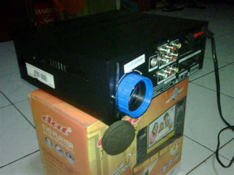 barang bekas di jual tvd player proyektor merk dat