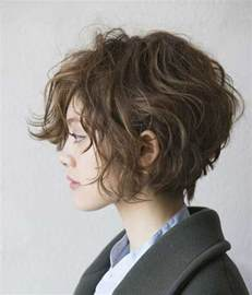 best haircut for 61 y o 25 best ideas about short curly hair on pinterest short