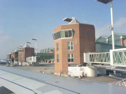 volo venezia porto la nuova compagnia low cost volotea sceglie l aeroporto di