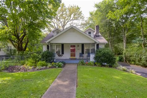 Cottages For Sale In Nashville Tn by This East Nashville Cottage Needs A New Owner Tate