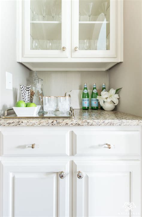 easy  hour small butlers pantry makeover   budget