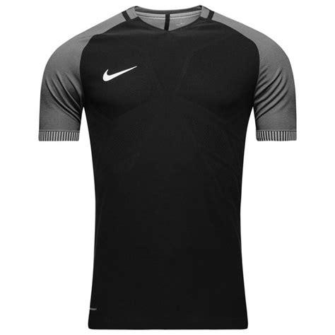T Shirt Grey Nike 6 0 nike t shirt aeroswift strike black grey www