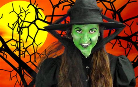 how to create a wicked witch of the west makeup look
