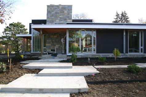modern backyard fence modern garden