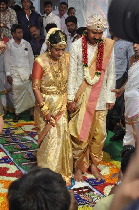 actor yash daughter photo shivaraj kumar daughter nirupama dileep s wedding pictures