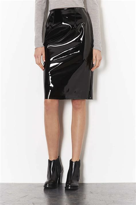topshop shiny vinyl pencil skirt in black lyst