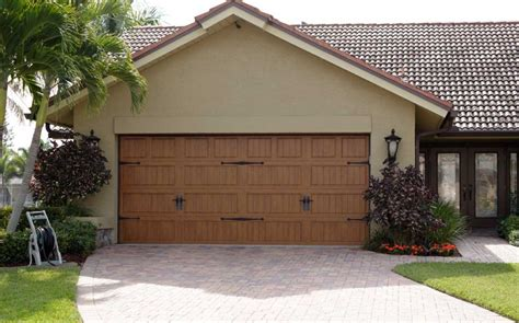 Garage Door Cape Coral by Garage Door Repair Or Replacement Affordable Garage Doors