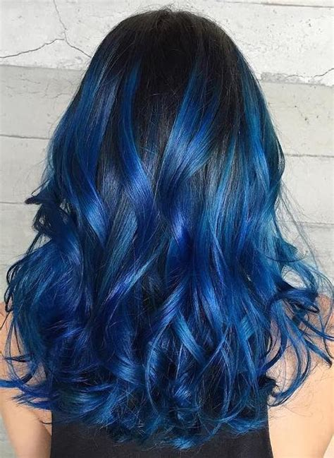 Black And Blue Hairstyles by Gimme The Blues Bold Blue Highlight Hairstyles Page 16