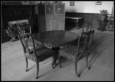Meja Billiard Yang Bagus ini loh bu meja makan minimalis yang bagus peralatan